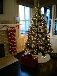 Artificial Christmas tree, 7.5ft