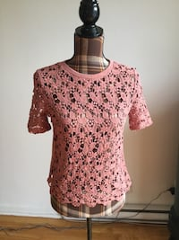 Brand new Forever 21 pink lace shirt in small Montréal, H1P 2W8
