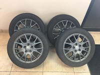 16 inch wheel and tires. / Bridgestone drive guard run flat tires included Chadds Ford, 19317