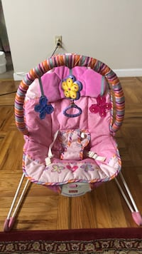 Fisher price baby bouncer  Burnaby, V5H 2T9