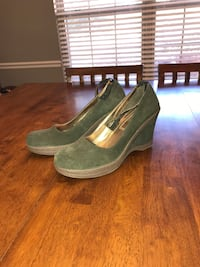 Nine West Suede Shoes 7.5 heels Knoxville, 37920