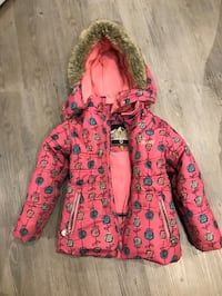 Winter coat girls size 5 Mississauga, L5A