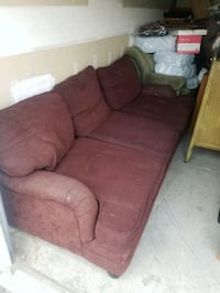 Maroon Couch. Super Soft Kennewick, 99336