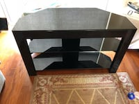 Glass TV stand Pembroke Pines, 33028