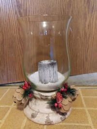 15 inch glass Christmas vase with candle, new Waukesha, 53189