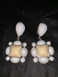 Very Nice Clipon Earing collection  North East, 21901