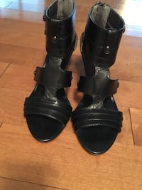 pair of black leather open-toe heeled sandals HERNDON