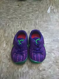 pair of purple-and-green Nike running shoes Norfolk, 23504