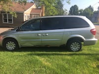 Chrysler - Town and Country - 2005 Lakemoor, 60051