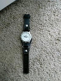 round silver analog watch with black leather strap Baltimore, 21225