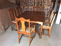 Nice old table & 6 chairs    300.$