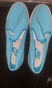 Women's Nike slip on tennis shoes(teal color)  size 91/2 Apache Junction, 85120