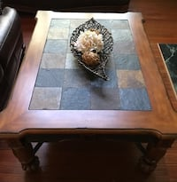 Coffee Table Ashley Furniture in Excellent Condition  Manassas, 20112