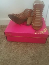 candies shoes tried on at home to  big Fort Campbell