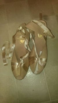 Ballet style wedges w/ ribbon tie-arounds 1961 km