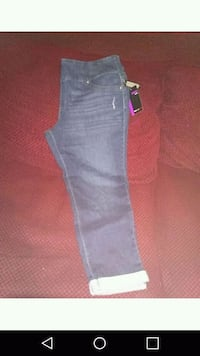 pants size extra large brand new never been worn Bakersfield, 93305
