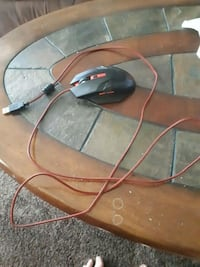 Light up gaming mouse  Welland, L3C