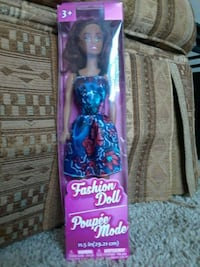 Fashion doll Valdosta