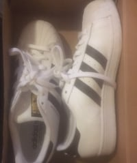 pair of white Adidas low-top sneakers with box Detroit, 48203