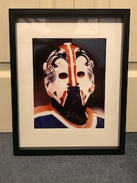 Grant Fuhr signed and framed photo