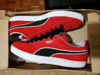 Red suede pumas size 11.5 Toronto, M4A 2T3