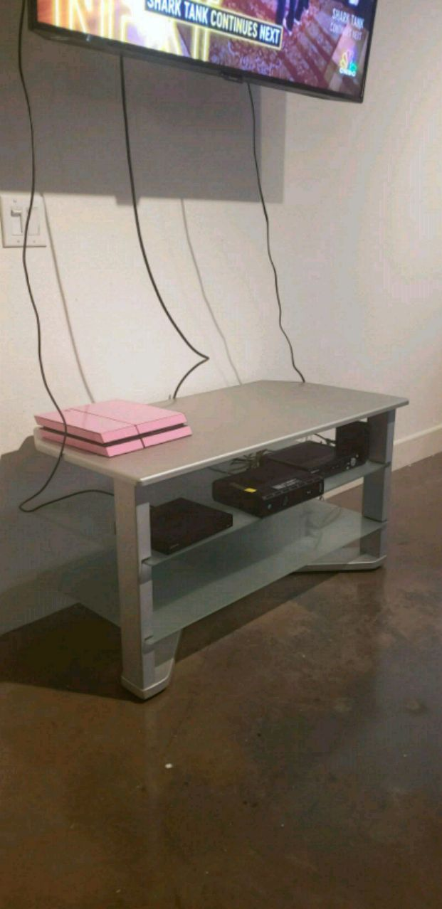 used grey tv stand with glass shelves for sale in dallas letgo rh gb letgo com