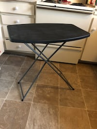 Folding table, three different height settings. Easy to store and carry San Diego, 92116
