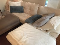 Sofa  leather very good condition Toronto, M5V 0E3