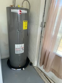 Water heater 50 gallon +installation and warranties included.