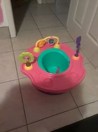pink, teal, and yellow activity saucer Melbourne, 32901