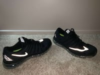 Black air maxes/ size 14/ nagotionable Fairfax, 22032