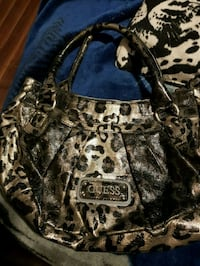 Guess purse  Central Okanagan, V4T