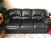 Beautiful Black Leather Couch In Fantastic Condition Colorado Springs