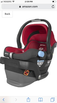 Baby's black and red car seat carrier Toronto, M4L 3T5