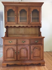 Hutch for dining room Toronto, M1S 2R7