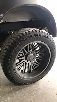 24x12 on 37s will trade for polished rims Pearl, 39208