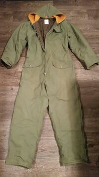 INSULATED COVERALLS (SIZE LARGE) Excellent conditi