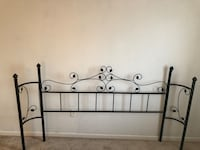 King size Headboard  Garfield Heights, 44125