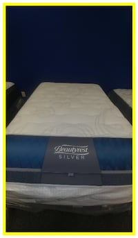Simmons Queen Mattress Sets Clearing Out Today Salem