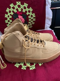 Selling my Air Force price is negotiable for serious buyers only Winnipeg, R2K 3B8