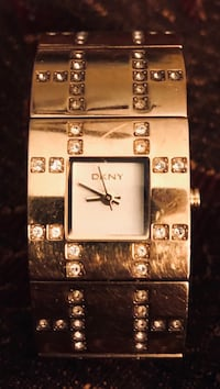 Womens DKNY Gold Watch with gold band! Beautiful watch Houston, 77069
