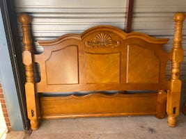King Furniture bedset!! EXCELLENT condition!