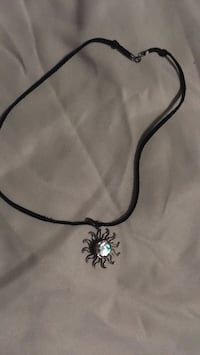 black and silver pendant necklace Kingston, K7M 2A3