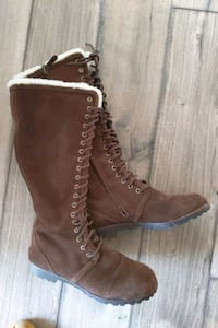 Cole haan size 7.5 womens boot Coquitlam, V3E 2R4
