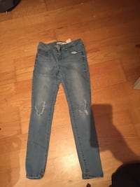 Blue ripped jeans Milton