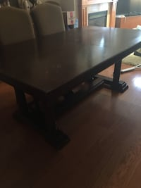 Large Dining Table with 6 chairs Mississauga, L5G 4T8