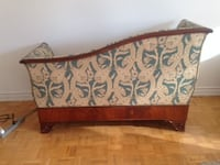 Antique love seat - Priced to sell - Moving TORONTO