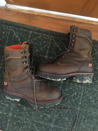 pair of brown leather work boots 45 km