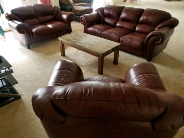 3 piece Leather furniture set