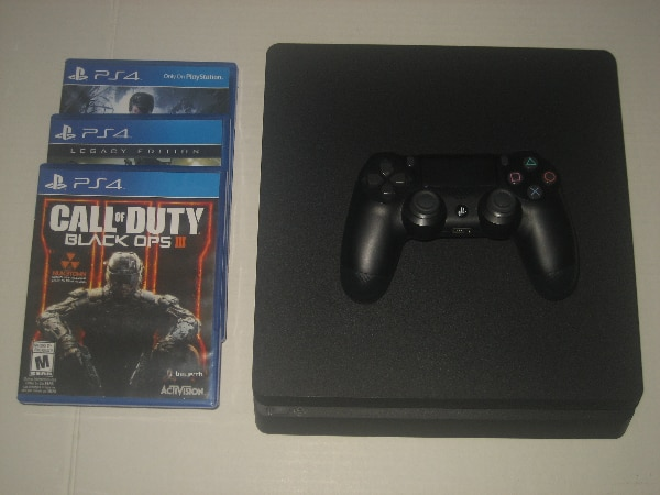 Sony Playstation 4 Bundle for Trade